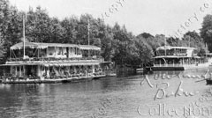 River Dream and Gypsy houseboats